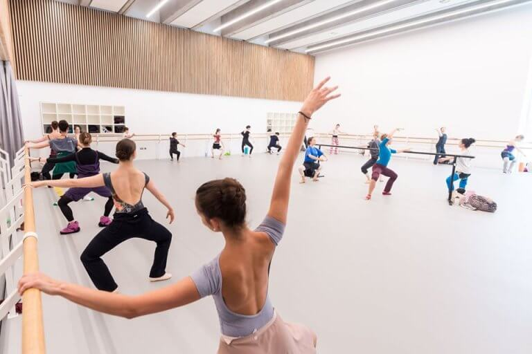 English-National-Ballet_London-City-Island-studio-in-use_ENB-FB-image-768x512