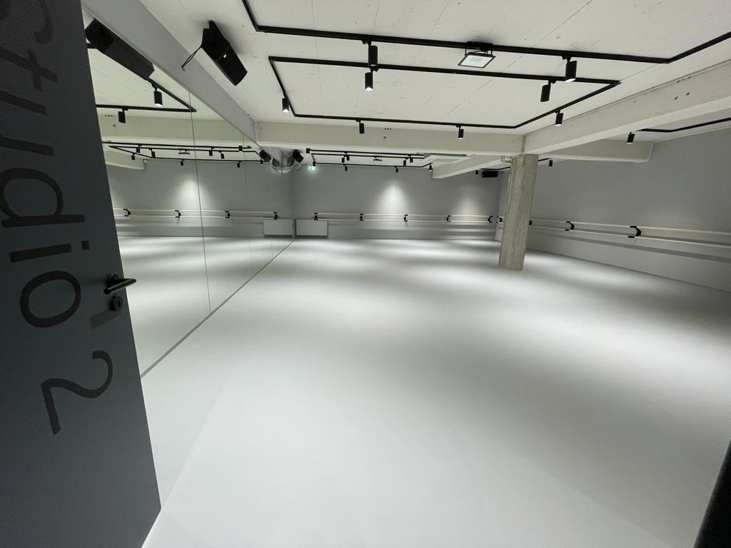 Studio 2 Tanzhaus Dortmund mit Harlequin Activity und Harlequin Standfast